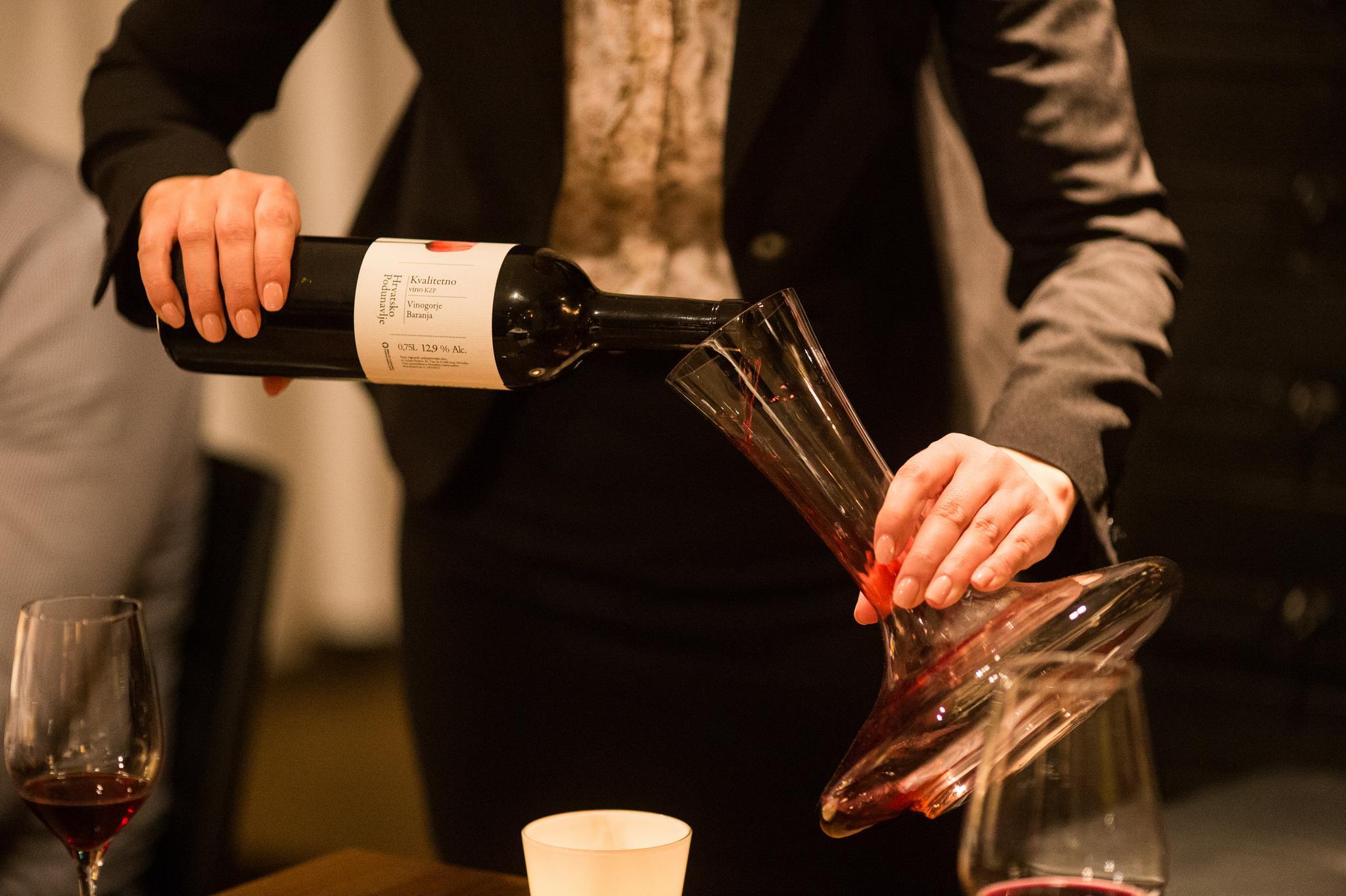 Prvi susret s vinom - vinska škola