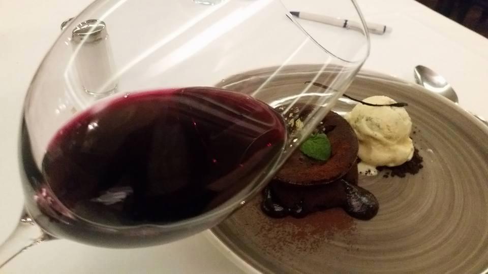 Kolači i vino