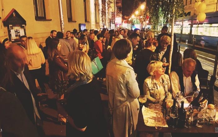 Pupitres bar, otvorenje, proslava